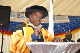 Professor Mangizvo give Vote of thanks at the Ceremony